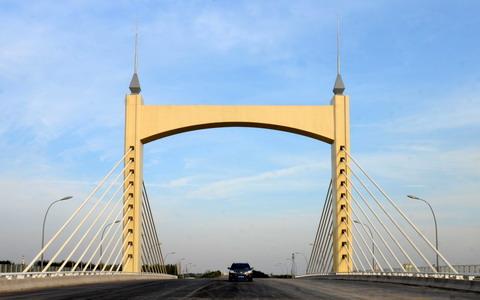 百泉大道景观大桥